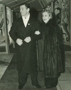 Clark Gable and Carole Lombard at nightclub 'The Mocambo', after they had appeared at the Greek War Relief broadcast at Grauman's Chinese Theater, 1941