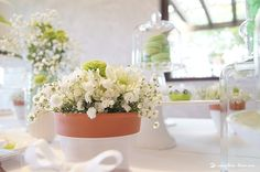 Charming details of the table.