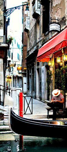 Travelling - Venice, Italy (http://www.venice-italy-veneto.com/)
