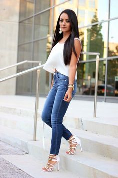 Loose Fitting Top & High Waisted Jeans.