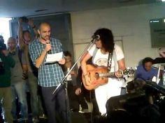 Rosana en el subte con Abel Pintos - YouTube