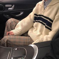 Cozy Days Zip Up Jumper - Aesthetic Clothes - aesthetic winter jumper 2020 - Tumblr Outfits, Mode Outfits, Retro Outfits, Casual Outfits, Fashion Outfits, Men Fashion, Converse Bleu, 40s Mode, Vetement Fashion