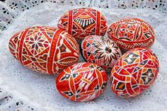 Velikonoční kraslice (Czech Republic). Wax-resist method of egg (Pysanki) painting.