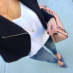 Personal Style: Haves and Have Nots Casual Outfits, Cute Outfits, Fashion Outfits, Womens Fashion, Classic Style Women, Classy Women, Everyday Outfits, Timeless Fashion, What To Wear