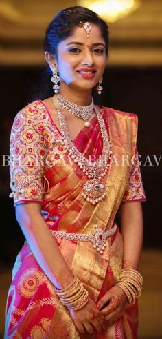 Teja sarees is a one Stop Store for everyone who loves Designer Outfits. Teja sarees recently launched their new beautiful wedding lehenga collection for all the brides. Teja Sarees, Sari Bluse, Half Saree, Work Blouse, Saree Blouse Designs, Bridal Lehenga, Indian Designer Wear, Indian Bridal, Pakistani Bridal