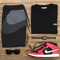 d2310460e8c51 Pull up   Featuring  Nike Fila Nixon Jordan Super   Disponibili in store e  online