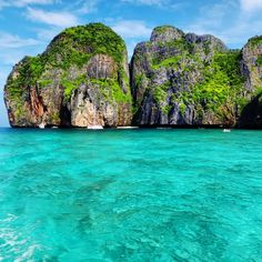 Maya Bay, Ao Nang, Thailand — by Completely Wanderlust East Asia Map, Oh The Places You'll Go, Places To Visit, One Night In Bangkok, Ao Nang, Khao Lak, Koh Chang, Just Dream, Beautiful Places To Travel