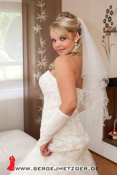 Foto- und Videoaufnahmen Ihrer Hochzeit. Weitere Beispiele, freie Termine und Preise finden Sie hier: www.sergejmetzger.de 91