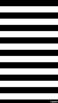 iphone wallpaper fundo preto e branco Iphone 5 Wallpaper, Cellphone Wallpaper, Screen Wallpaper, Phone Backgrounds, Mobile Wallpaper, Wallpaper Backgrounds, Striped Wallpaper, Black Wallpaper, Images Murales