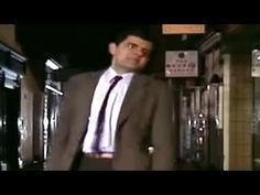 Mr Bean tries to buy a Christmas tree but the last one is being bought as he gets there. Funny Vine Compilation, Mr Bean, Why Christmas, Funny Vines, How To Find Out, Comedy, Beans, Flower, Comedy Theater