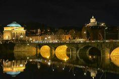 La GRAN MADRE e i Monti. Cappuccini.....Torino di notte - Italia