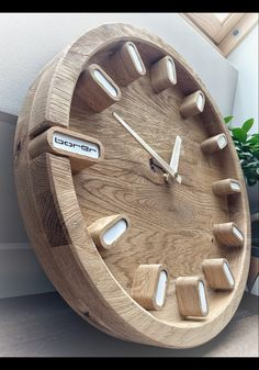 Wooden Clock Plans, Wall Clock Wooden, Wood Clocks, Home Clock, Clock Art, Diy Clock, Diy Furniture Projects, Woodworking Projects Diy, Cnc Wood Router