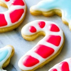 Holiday Cut-Out Sugar Cookies with Easy Royal Icing Recipe by sallysbakingaddic. - Holiday Cut-Out Sugar Cookies with Easy Royal Icing Recipe by sallysbakingaddic… - Crisco Sugar Cookie Recipe, Almond Sugar Cookies, Homemade Sugar Cookies, Sugar Cookie Icing, Best Sugar Cookies, Christmas Sugar Cookies, Holiday Cookies, Cookie Recipes, Cut Out Cookie Frosting