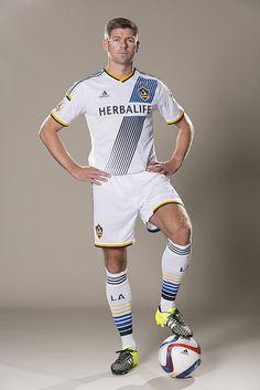 Your first look at Steven Gerrard in an LA Galaxy jersey | LA Galaxy