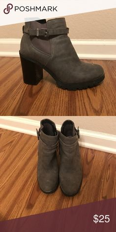 Chunky booties Size 8 gray chunky booties! Perfect with jeans or a cute dress. Circus by Sam Edelman Shoes Heeled Boots