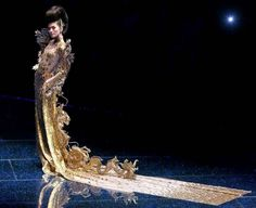 "Guo Pei celebrates her atelier's 15th year with her latest mythology inspired ""Legend Of The Dragon"" (龙的故事) show"