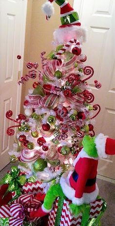 Grinch Christmas Tree Decorations Decorating Ideas 60 Ideas For 2019 . Grinch Christmas Tree Decorations Decorating Ideas 60 Ideas For 2019 . Grinch Christmas Tree Decorations, Grinch Trees, Grinch Christmas Party, Ribbon On Christmas Tree, Colorful Christmas Tree, Noel Christmas, Xmas Tree, Christmas Themes, White Christmas