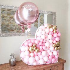Birthday Balloon Decorations, Valentines Day Decorations, Birthday Balloons, Valentines Balloons, Christmas Balloons, Unicorn Birthday Parties, Diy Birthday, Idee Baby Shower, Happy Balloons