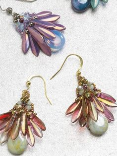 Fan Flower Earrings Beading Project