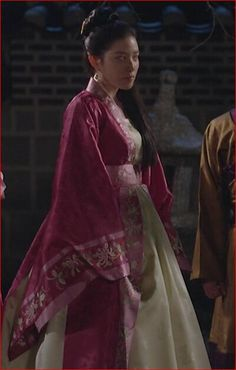 Empress Ki, Korean Drama Movies, Moon Lovers, Hanfu, Traditional Outfits, Sari, Princess, Awesome, Fashion