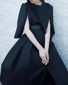 Ukraine Girl | Ph.Yulia Zhdan,Coat by Elena Burenina.
