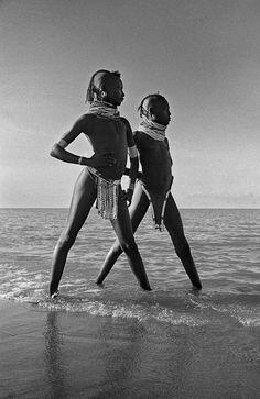 Turkana girls in lake Rudolf, Kenya    photo by Mirella Ricciardi; Vanishing Africa series, 1967