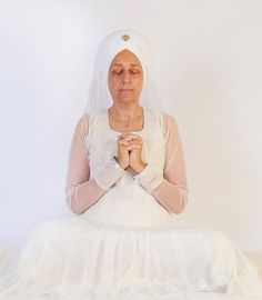 Originally taught by Yogi Bhajan on February, 21 1977Posture: Sit in a comfortable meditative position with a straight spine.