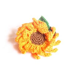 crochet hair accessories on Pinterest Crochet hair clips, Crochet ...
