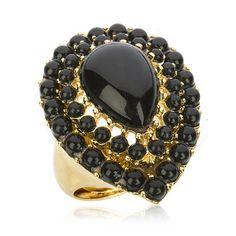 i love costume jewelry... :)