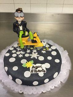 Fuori come i balconi Birthday Cake, Desserts, Food, Tailgate Desserts, Deserts, Birthday Cakes, Essen, Postres, Meals