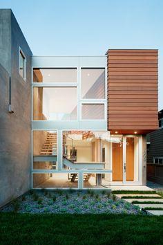 Manhattan Beach House | Walker Workshop | Photo: Nicholas Alan Cope | Archinect
