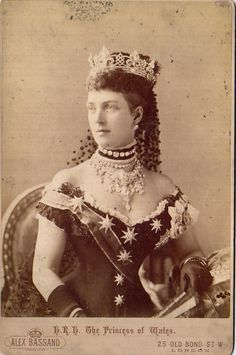 Alexandra, Princess of Wales for the Golden Jubilee of Queen Victoria of the United Kingdom, her mother-in-law. Photographed by Alexander Bassano. Alexandra Of Denmark, Royal Tiaras, Royal Crowns, Royal Jewelry, Gold Jewellery, Body Jewelry, Jewelery, English Royalty, Queen Of England