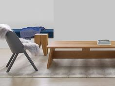 e15 Dotto Blanket Blue, Leighton Coffee Table and That Lounge Chair