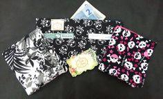 https://www.facebook.com/vickartes  Carteira simples,ideal para aquelas bolsas pequenas.