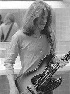 John Paul Jones of Led Zeppelin Led Zeppelin T Shirt, Arte Led Zeppelin, Led Zeppelin Quotes, Led Zeppelin Logo, Led Zeppelin Tattoo, Led Zeppelin Concert, Led Zeppelin Poster, John Paul Jones, Pink Floyd