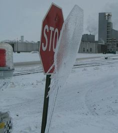 Stop sign ina North Dakota winter Funny Winter Pictures, Funny Pics, Hilarious, Funny Images, Ice Storm, Winter Magic, Photos Voyages, Snow And Ice, All Nature