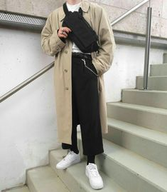 dress and coat outfit Aesthetic Fashion, Look Fashion, Aesthetic Clothes, Korean Fashion, Mens Fashion, Fashion Outfits, Fashion Trends, Fashion Coat, Mode Man