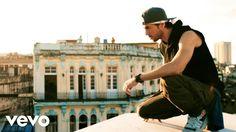 Enrique Iglesias - SUBEME LA RADIO (Official Video) ft. Descemer Bueno Zion & Lennox