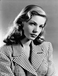 A beautiful pic of young Lauren Bacall wearing her iconic gingham blazer in To Have and Have Not For more about Betty Bacall and all things Classic Hollywood, visit my website! Hollywood Glamour, Hollywood Stars, Hollywood Actresses, Classic Hollywood, Old Hollywood, Lauren Bacall, Bogie And Bacall, Viejo Hollywood, Ford