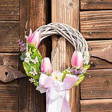 Veniec s ružovými tulipánmi / Hydrangea - SAShE.sk - Handmade Dekorácie Grapevine Wreath, Floral Arrangements, New Homes, Wreaths, Spring, Design, Home Decor, Decoration Home, Door Wreaths