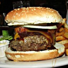 Top 10 NYC Burgers of 2013: #10 - Company Bar & Grill