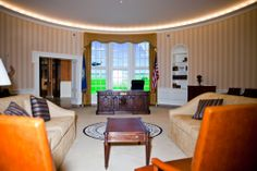 GitHub recently moved into its newest SF digs, featuring this replica of the Oval Office used for important meetings. The window behind the desk is actually a screen that can be programmed by employees to show whatever they want
