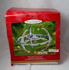 2001 Hallmark Keepsake Ornament Star Trek Space Station Deep Space 9  Sounds