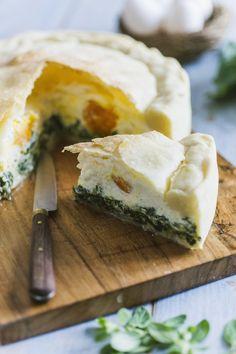 La torta Pasqualina non può mancare in un classico menù di Pasqua! La preparerò come da tradizione, per un abbondante pranzo in compagnia!