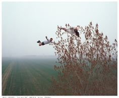 ~Beijing-based photographer and performance artist Li Wei has created some of the most remarkable non-Photoshopped photography of the year with his gravity-defying feats.