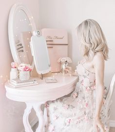Tips For Getting Ready & Embracing The Feminine Style As A Mom - Jadore Lexie Couture Princess Aesthetic, Pink Aesthetic, Aesthetic Vintage, Looks Vintage, Unique Vintage, Boho Chic, Book 15 Anos, Just Girly Things, Girly Stuff