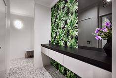 #newhouse #fisthome #yourhome #newlevelhome #powderroom #wallart #stylish #contemporary #blightandbold #colourful #bathroom #openplanliving #fancy