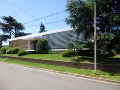 Casa D'Albrollo (1958) Pergamino, Pcia. de Bs As.  Arq. Mario Roberto Alvarez.
