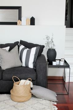 Gray sofa. Cushions.