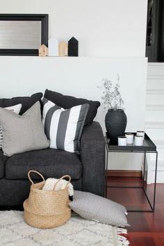 New Living Room Decor Grey Sofa Inspiration Ideas Living Room Decor Grey Sofa, Living Room Grey, Decor Room, Home Living Room, Home Decor, Charcoal Sofa Living Room, Charcoal Couch, Black Sofa Decor, Wall Decor